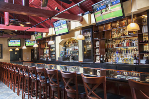 bittersweet-bistro-sports-bar-big-screens